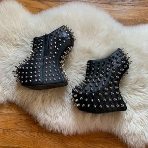 Jeffery Campbell | Shadow heelless spiked wedge
